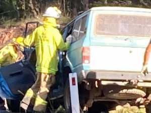 Men fight for life at crash scene, bus driver hailed hero