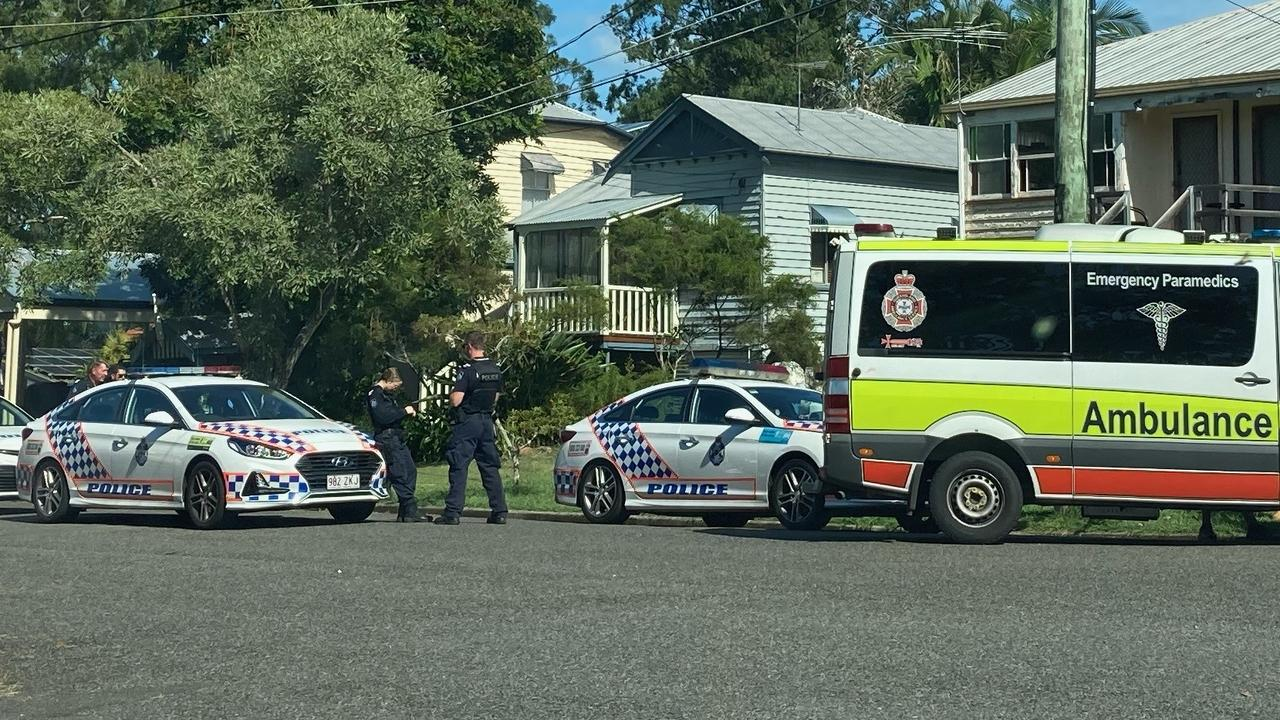 Police incident at Coolana St, Lota: Picture: Simon Turner