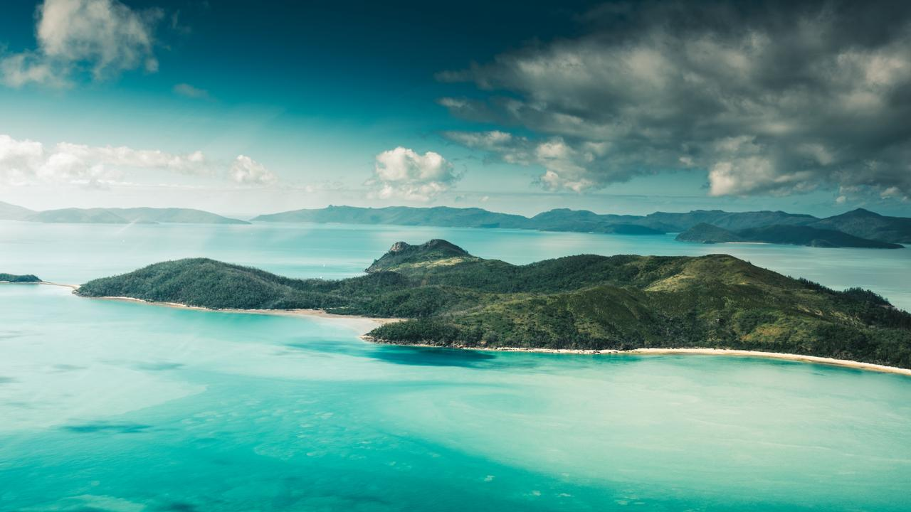 Cut-price flight tickets to the Whitsundays are on offer.