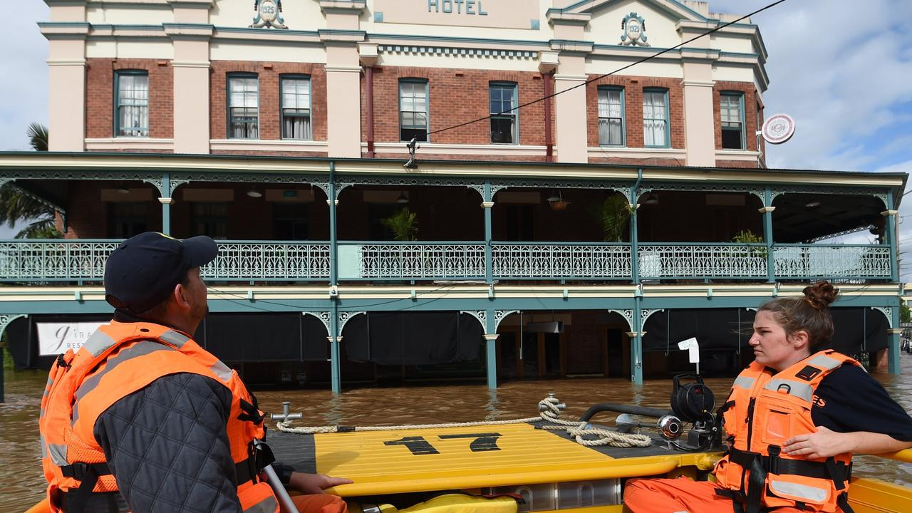 FLOOD RESCUE: The SES doing a check around North Lismore to see if anyone needed assistance, outside Winsome and Serpentine Gallery which was impacted by rising water. Photo: Marc Stapelberg