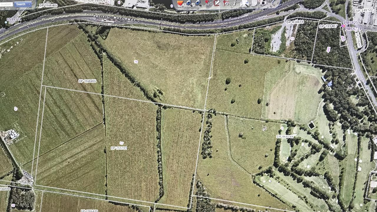 Tweed Heads Coursing Club will build a greyhound racing precinct after buying 32ha block of land at Chinderah.