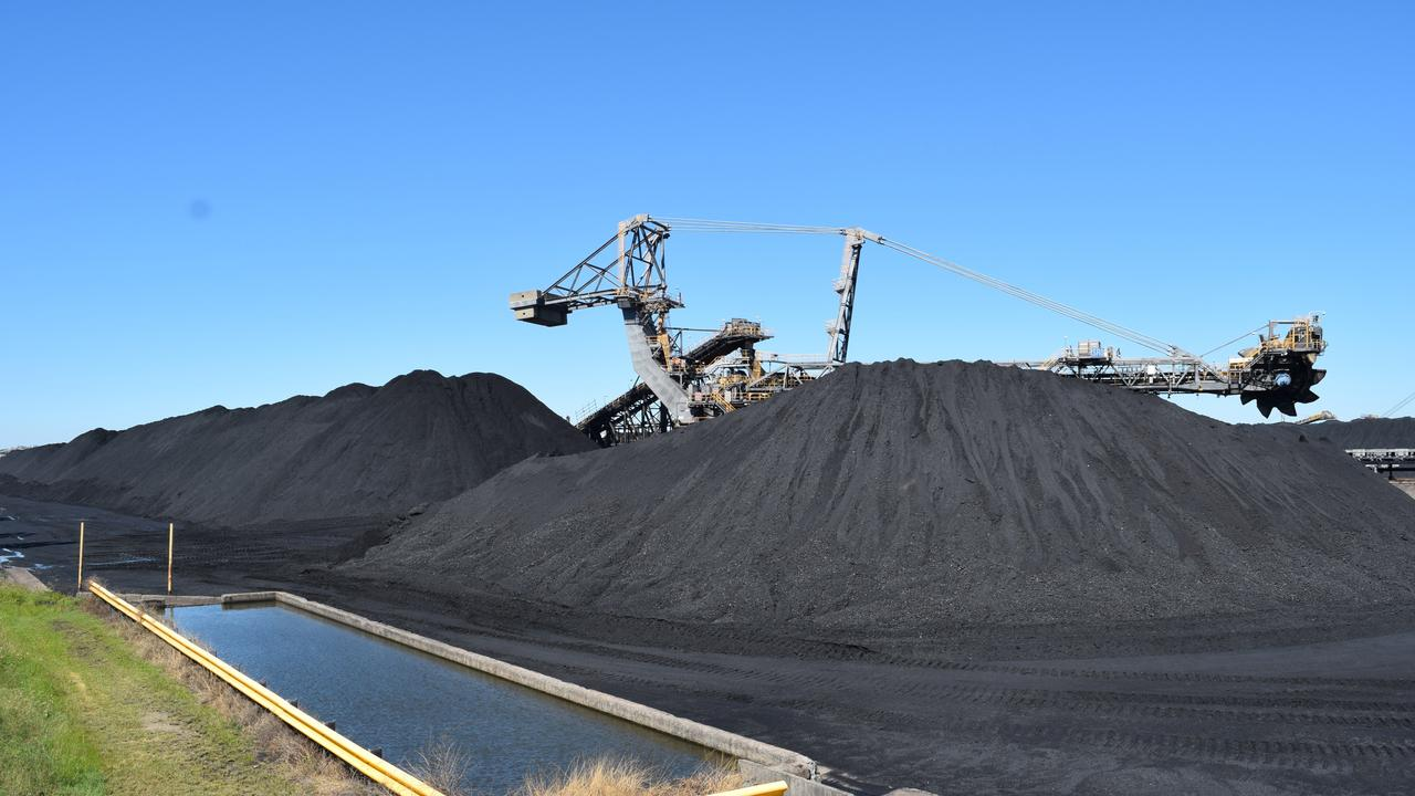 An inquiry into financial services' treatment of coal mining businesses is seeking more submissions.