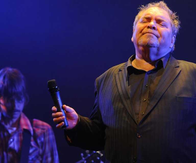 Australian soul singer, Doug Parkinson passes away age 74