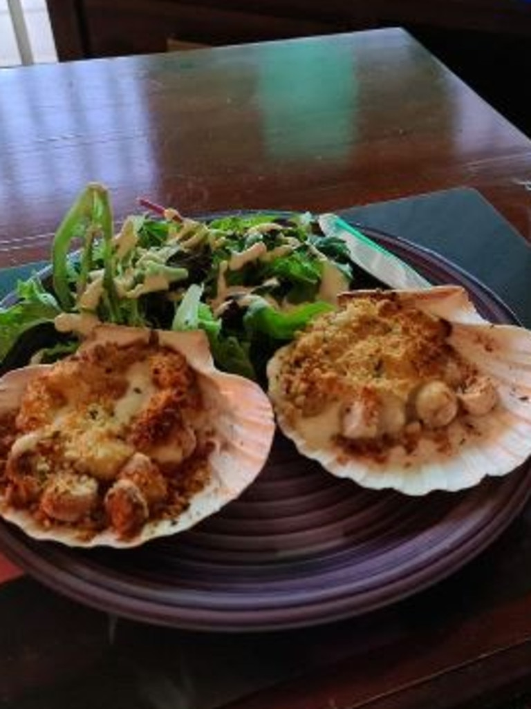 The scallop and champagne gratin is 'absolutely delicious'. Picture: Aldi Fans Australia/Facebook