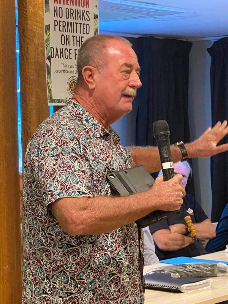 Darryl Mossop addresses the crowd on Wednesday night.