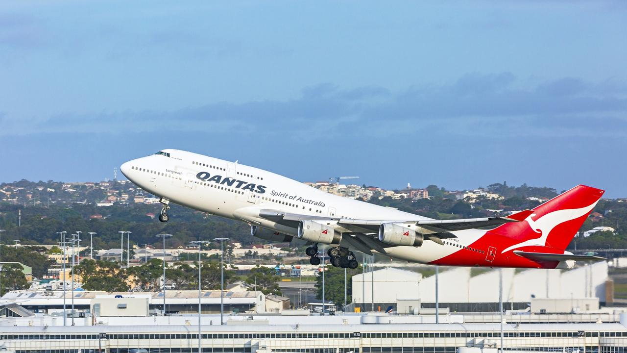 Sydney Airport is Catapult Wealth's pick of the travel stocks..