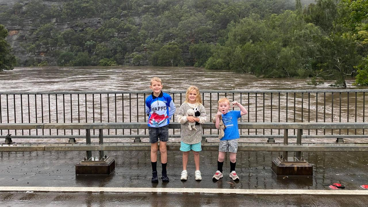Alisa's's children at the Colo Bridge. Picture: Alisa Jones