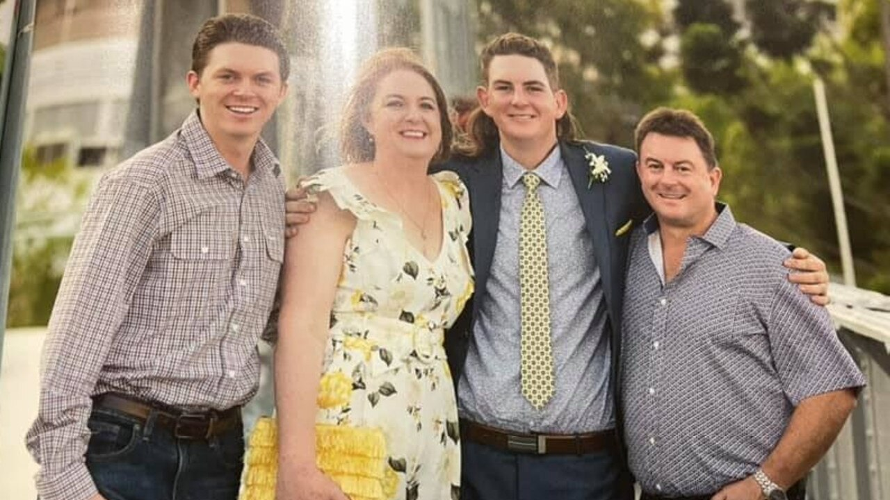 Hunter's dad shared this photograph of the Evans family – Campbell, Helen, Hunter and Ashley.