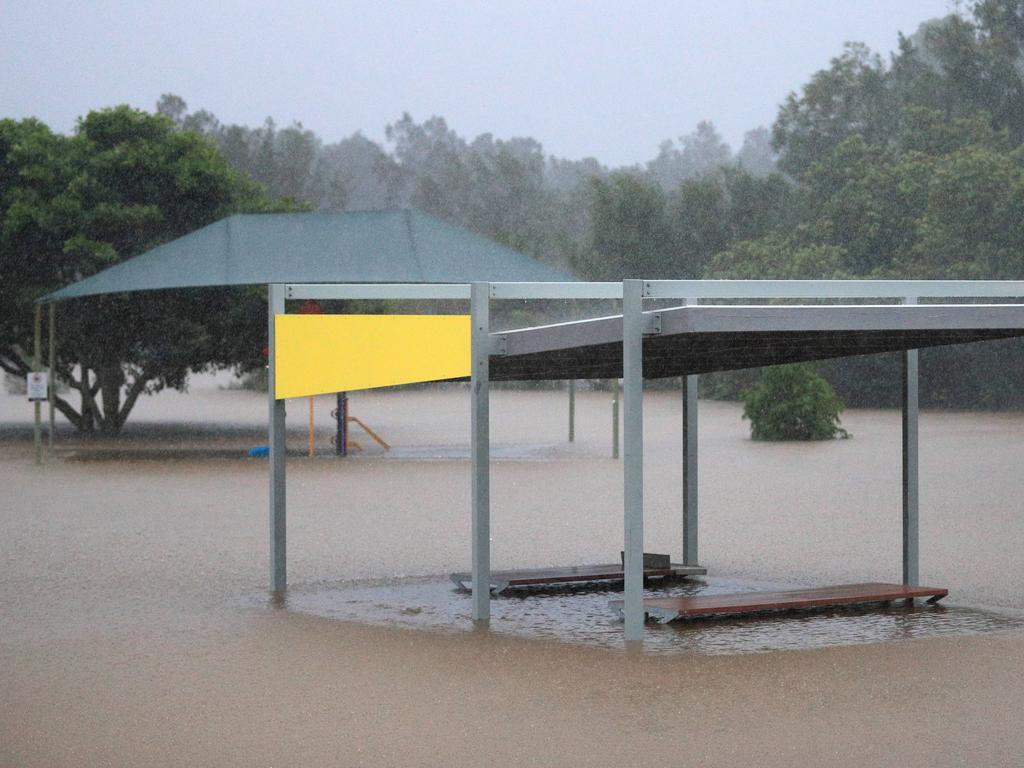 Widespread flash flooding is set to ease on Wednesday as the southeast prepares for a mostly sunny day. Picture: NCA NewsWire / Scott Powick