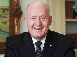 Sir Peter Cosgrove backs 'continent leading' heroes hub