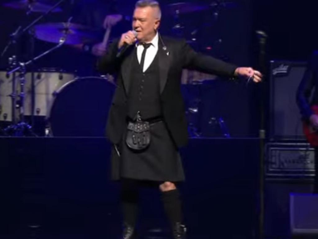 Jimmy Barnes pays tribute to his best friend Michael Gudinski by singing Flesh and Blood at the State Memorial Service.