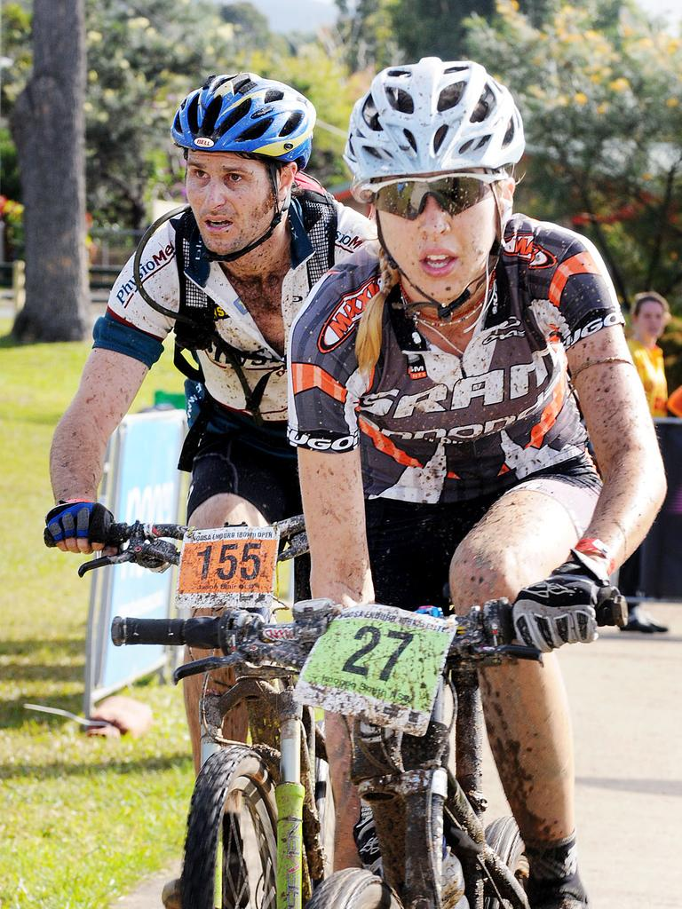Jason Blair following Imogen Smith in the 100km Noosa Enduro in 2008. Picture: Andrew Seymour