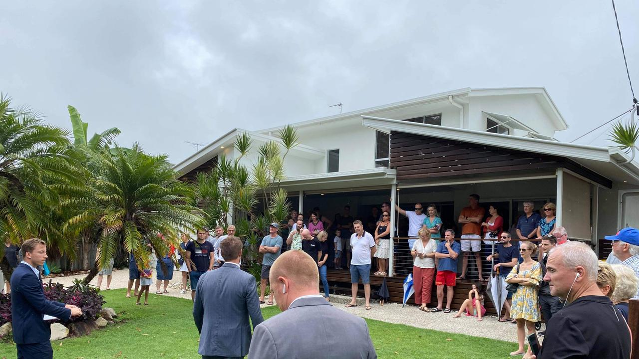 7 Coongarra Esplanade, Wurtulla had 26 registered bidders and an eventual sales price some $300,000 above the highest offer prior to auction.