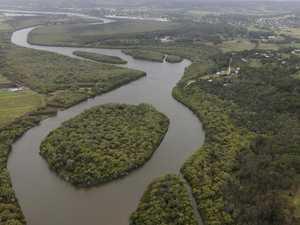 Farmers' bid to 'drain the swamp' near major housing estates
