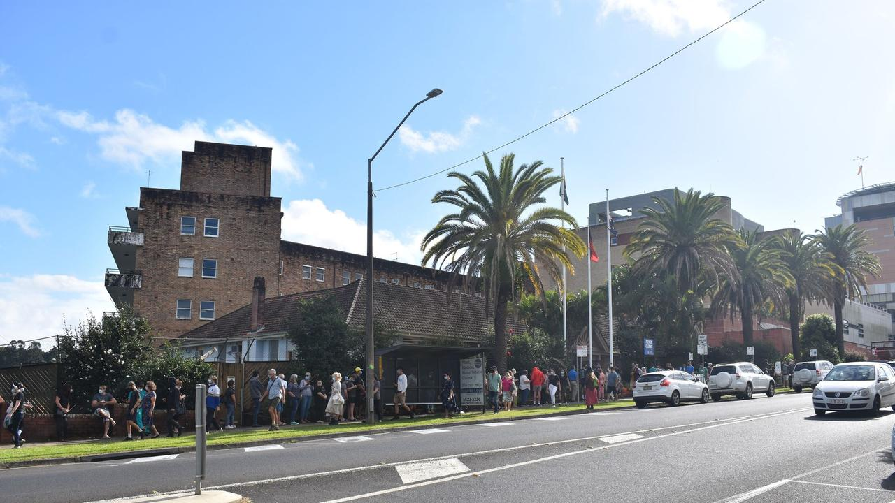 People line up outside Lismore Base Hospital for COVID-19 testing. Photo: Aisling Brennan