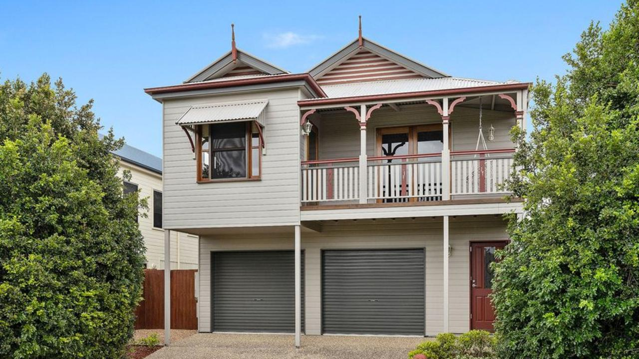 Disgraced former Ipswich City Council CEO Carl Wulff has sold one of his Springfield Lakes houses, making a $296,000 profit. And he gets to keep every cent.