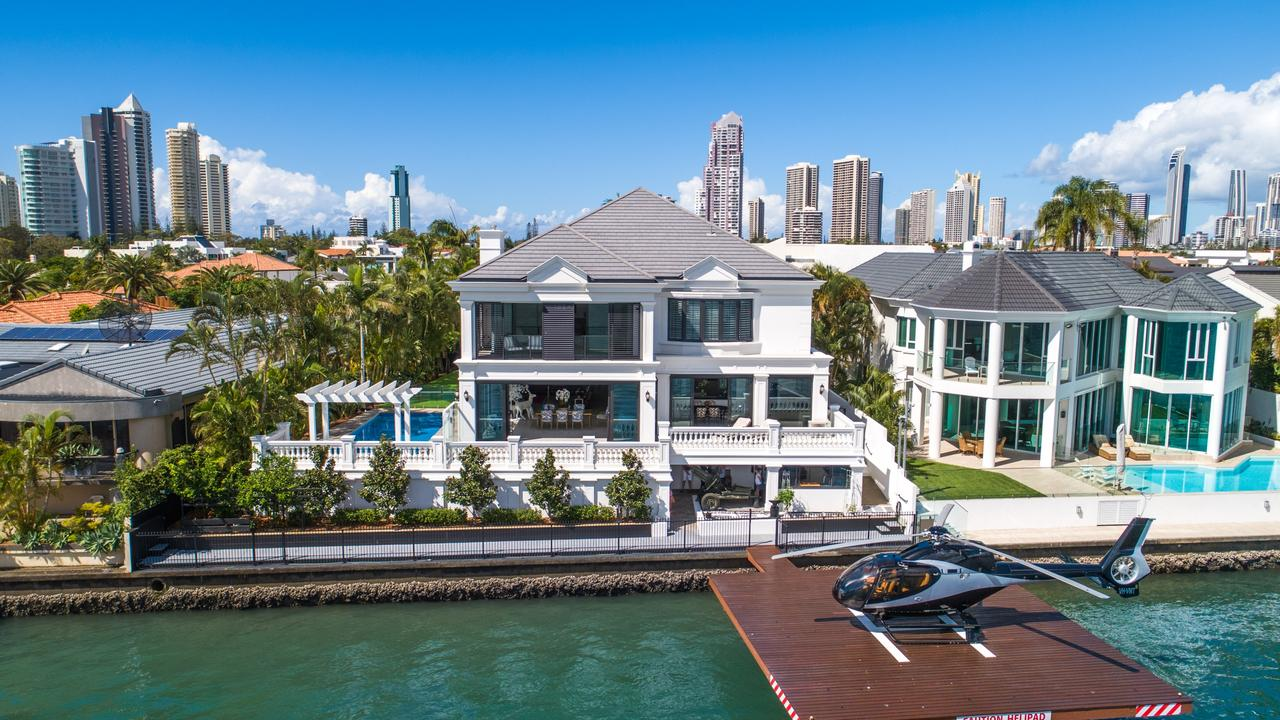 101 Commodore Drive, Paradise Waters.