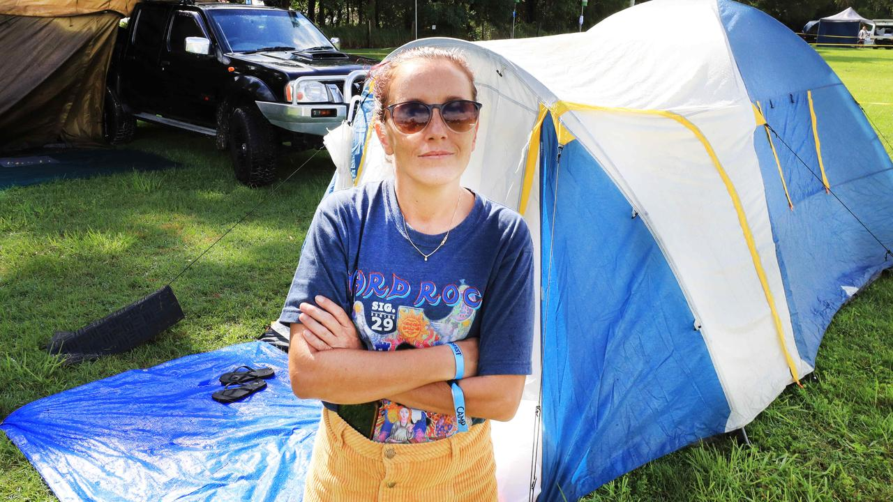Bluesfest ticket holder Jasmine Barton starts the process of packing up her camp site after being informed Bluesfest Byron Bay had been cancelled at the last minute. Picture: NCA NewsWire / Scott Powick