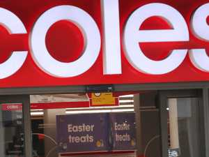 Coles and Woolies bring back $20 sell-out deal