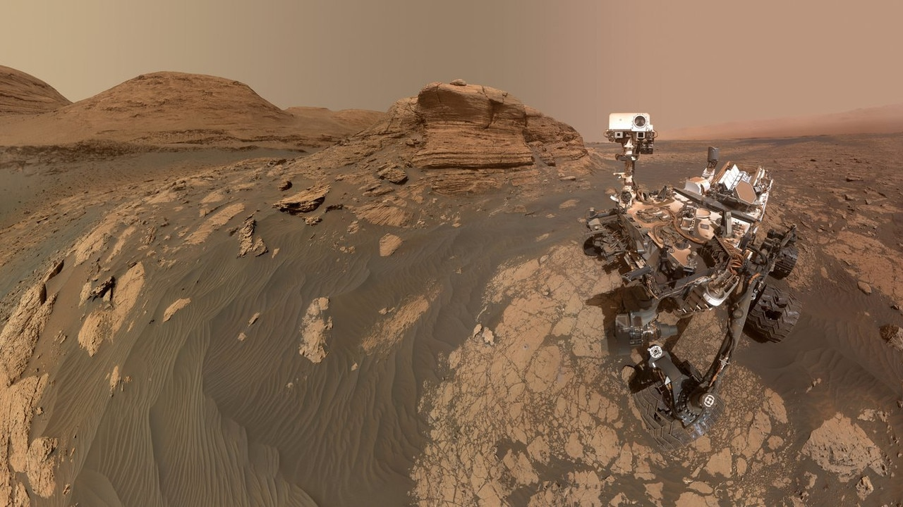 NASA's Perseverance rover takes a selfie in front of 6-metre tall rock Mont Mercou.
