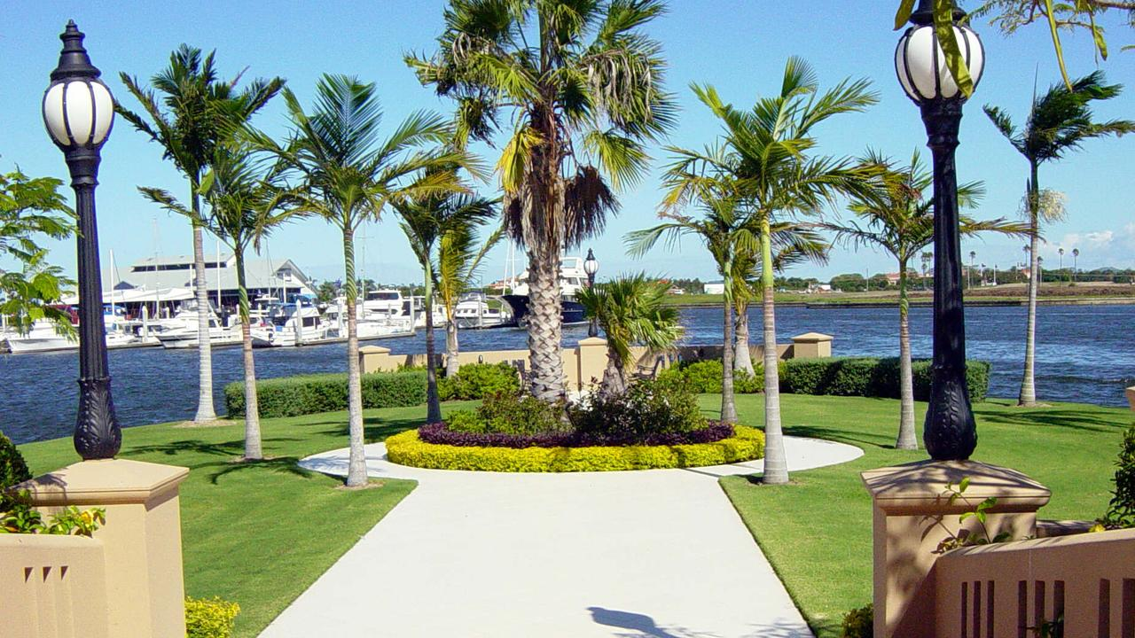 HOPE ISLAND: 1525 Riverdale Drive, Hope Island resort. Supplied pic. - Real estate
