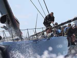 Brisbane to Gladstone: Black Jack dismasted as 12 withdraw