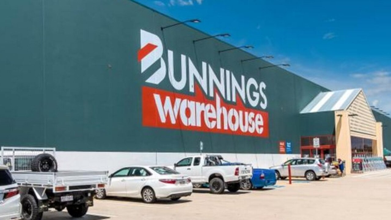 A Mackay father of five stole $2500 worth of items from Bunnings at Paget.