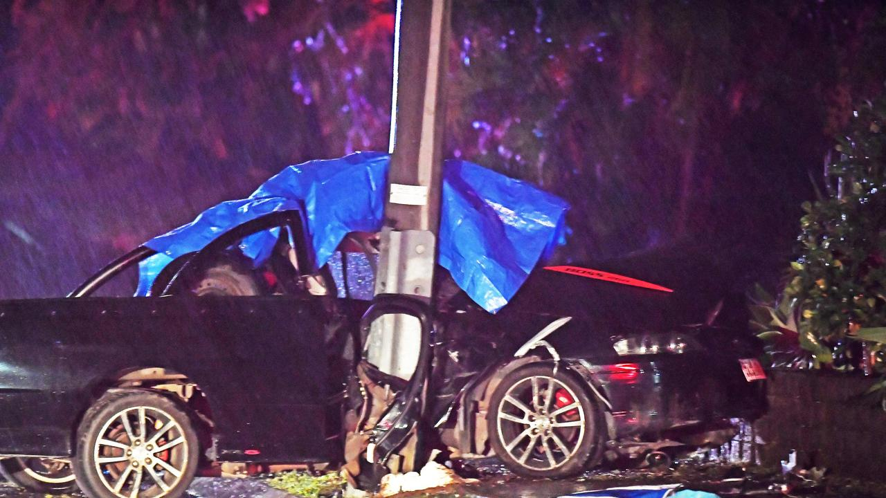 INVESTIGATION: The scene of the crash involving a ute on Golf Links Drive, Buderim. Picture: Patrick Woods.