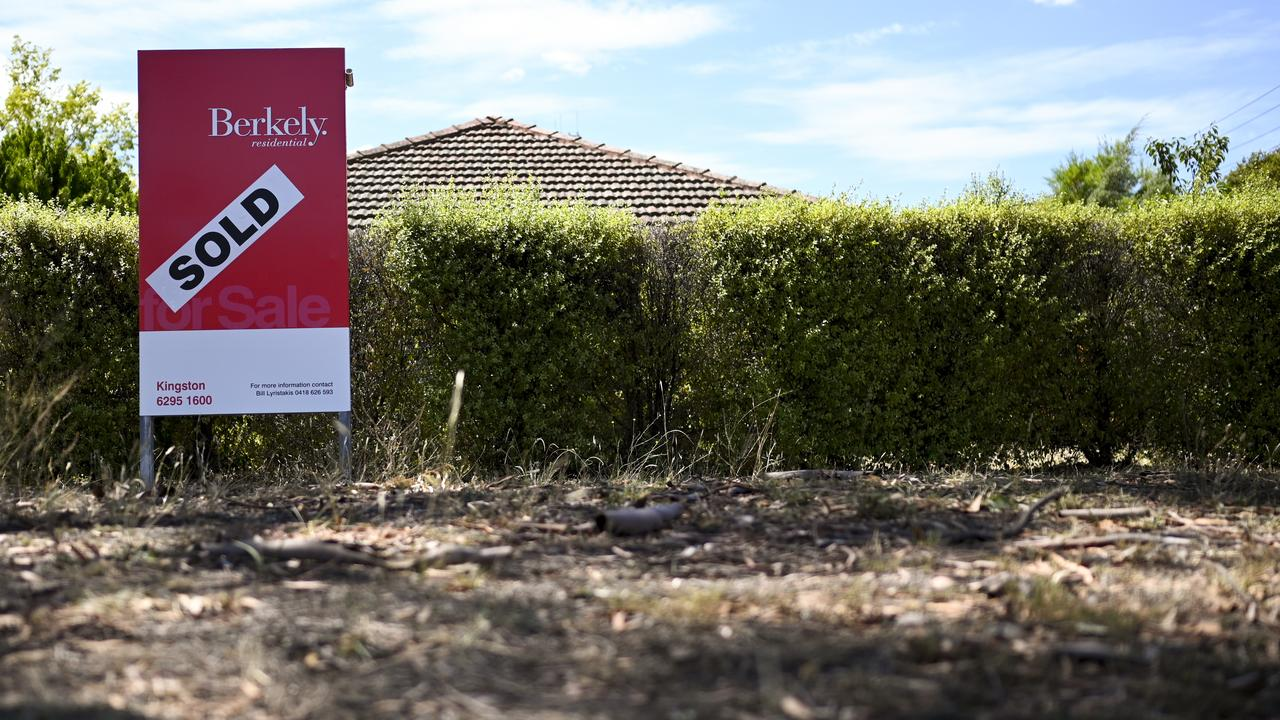 Houses are selling at record speeds due to short supply. Picture: Lukas Coch/AAP