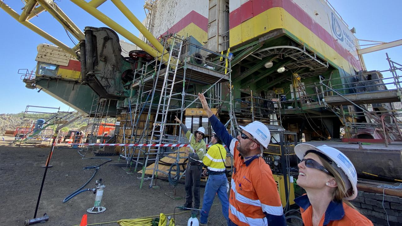 The planned shutdown of Dragline 4 at Anglo American's Dawson Mine, near Moura, commenced in February, 2021, and is expected to last for about three months.