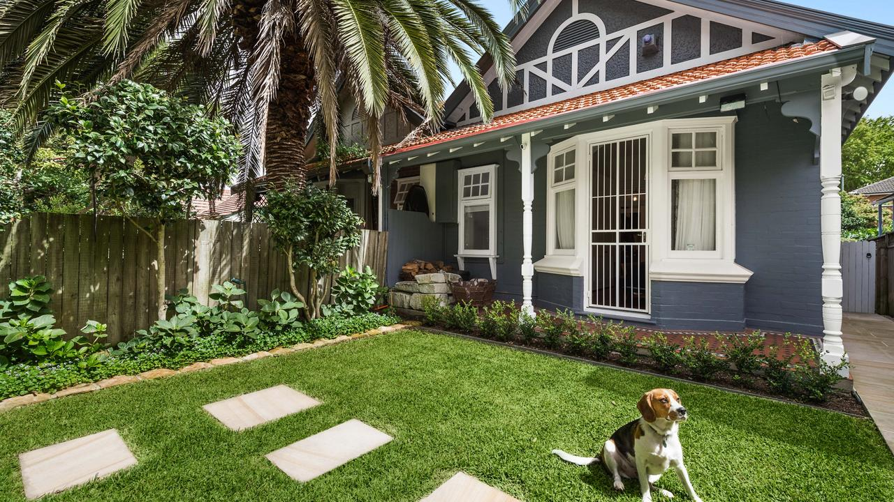 76 Avenue Rd, Mosman sold for $3.9 million … dog not included.