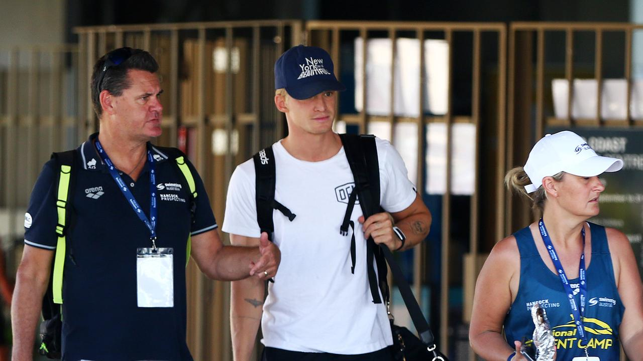 Pop star Cody Simpson has made his first appearance at a pool on home soil after arriving at the Australian Swimming Championships.