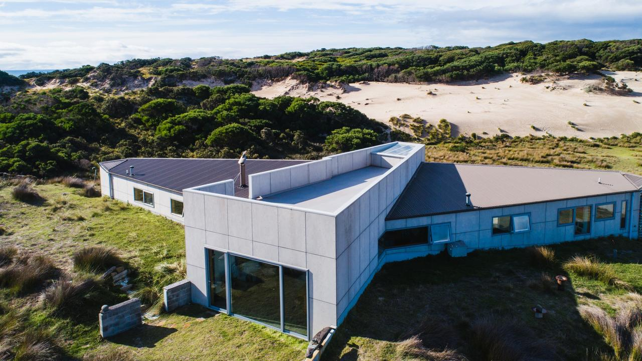 Whale Tail House as seen on Australia's Grand Designs. Photo: Stu Gibson and Tourism Tasmania.