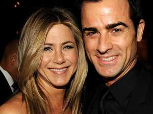 Theroux spills on split from Aniston