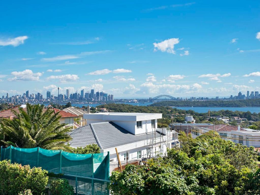 Theo Alexakis brought civil court proceedings against the sellers of the home on Kings Rd, Vaucluse, This is the view he thought he was buying.