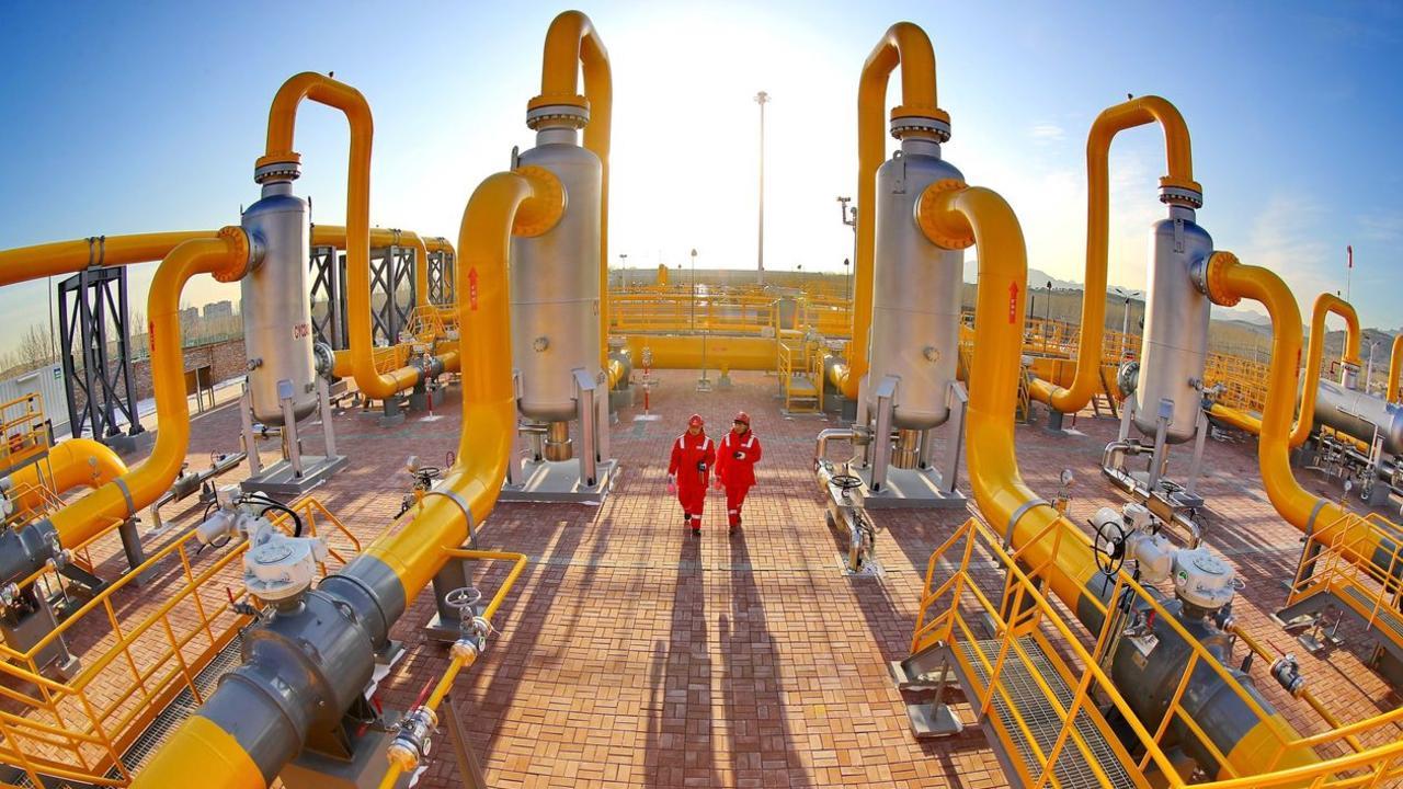 A natural-gas pipeline in Qinhuangdao, eastern China. PHOTO: CAO JIANXIONG/ZUMA PRESS.