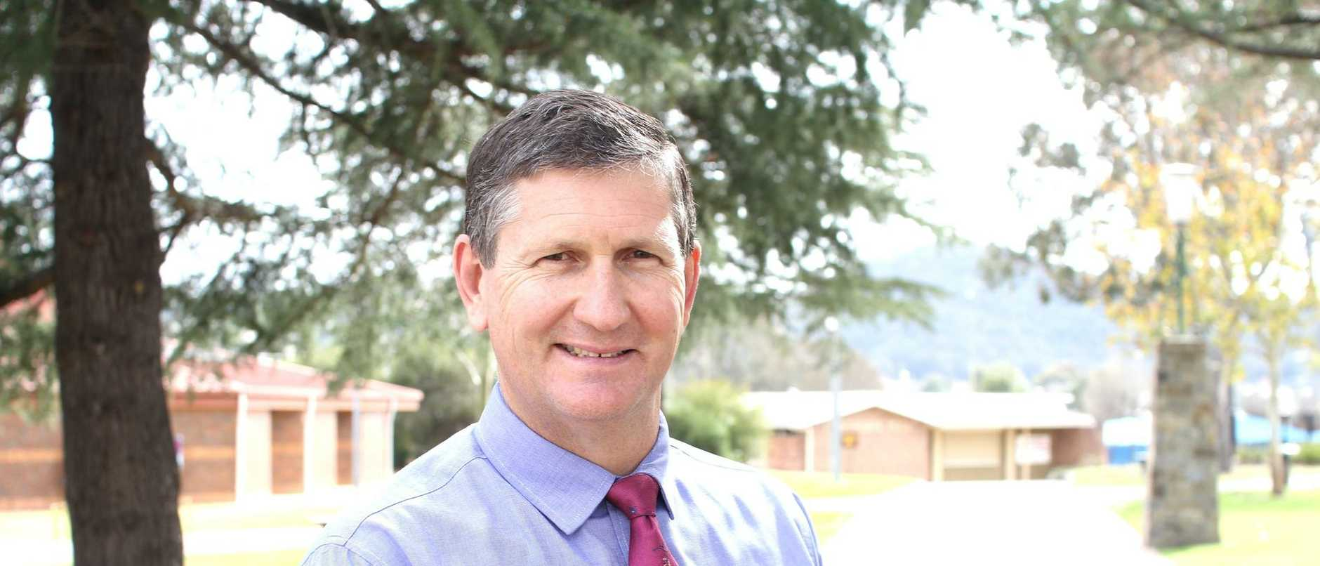 LNP elder Lawrence Springborg will almost certainly run for party president at the July state conference,