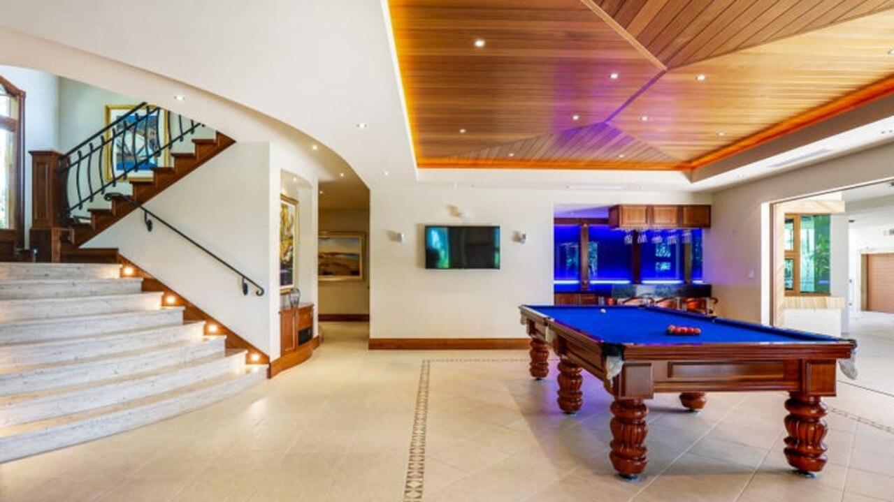 Open plan living in luxury.