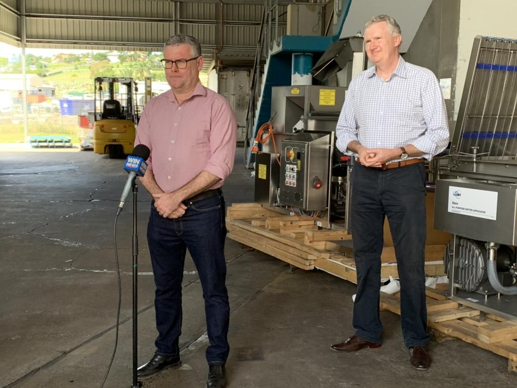 Senator Murray Watt (left) and Labor MP Tony Burke (right) visited Central Queensland for a tour ahead of the federal election. Pic: Lachlan Berlin