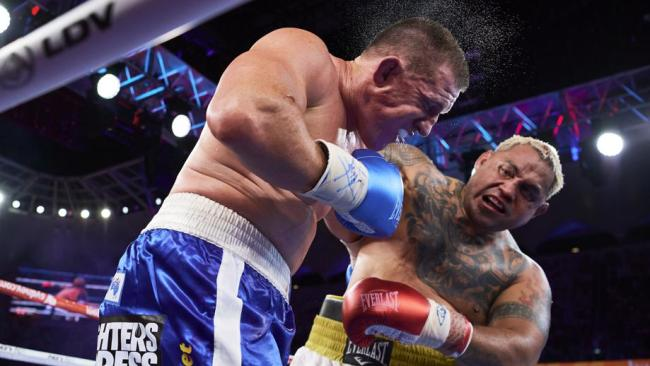 Paul Gallen knocks out Lucas Browne in round 1
