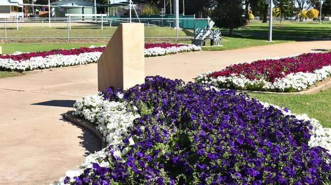 Police slam 'disgraceful' vandalism at Leslie Park Cenotaph
