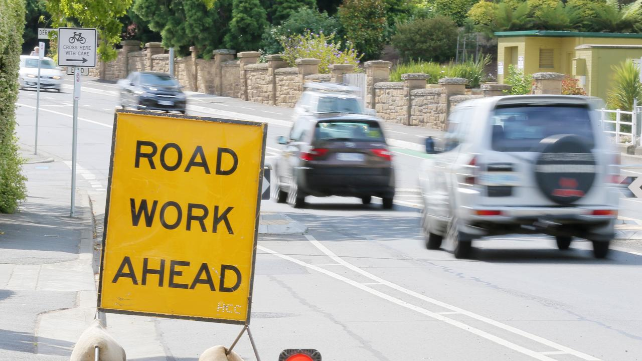 Roadworks on the Dawson Highway between Breslin and Far Streets will create changed conditions for motorists and pedestrians.