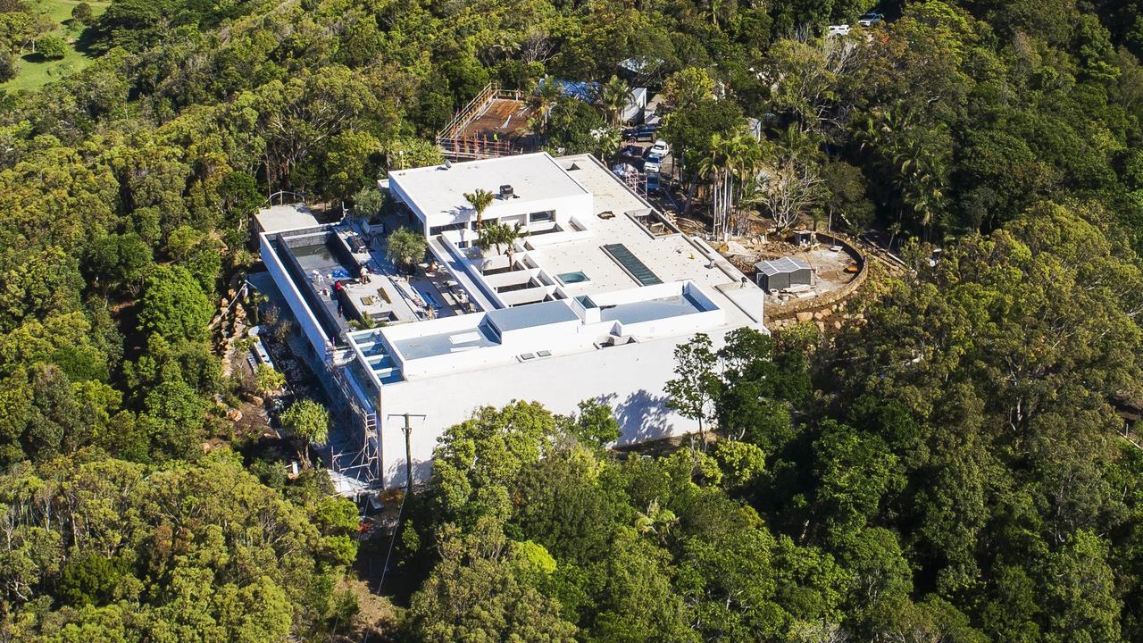 PHWOAR: Chris Hemsworth and Elsa Pataky's property near Byron Bay