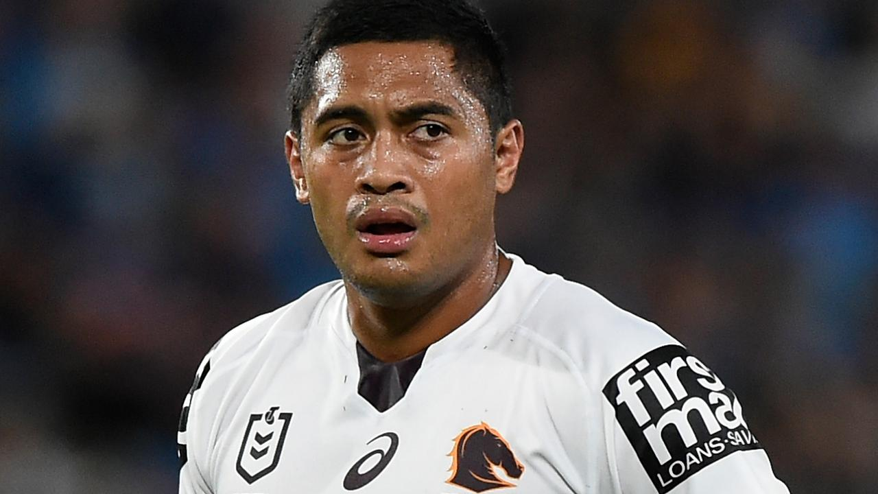 Anthony Milford's hopes of staying at the Broncos appear over with two Sydney clubs in the picture.