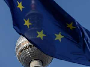 EU calls May 25 summit on virus, climate and Russia
