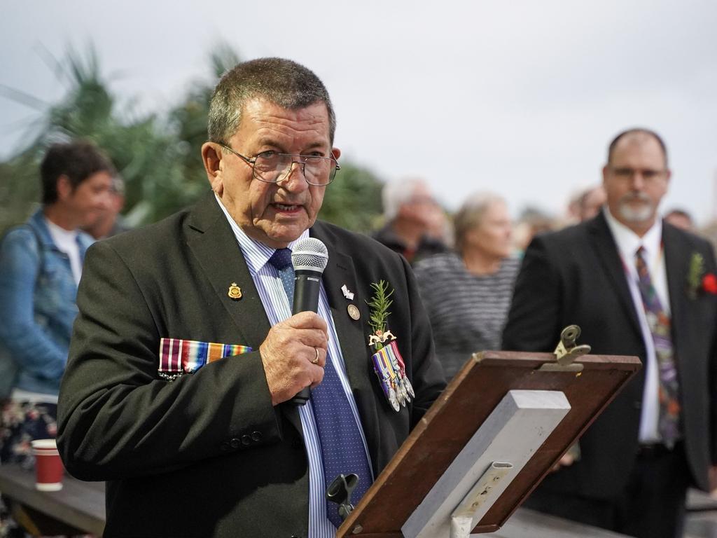 Vietnam Veteran Tom Andrews led the Half Tide Beach Anzac Day Dawn Service, 2021. Picture: Heidi Petith