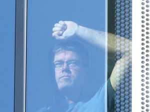 Flight delay forces passengers into 14-day quarantine
