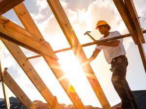Coast tradie fined after no-show to $2300 roofing job