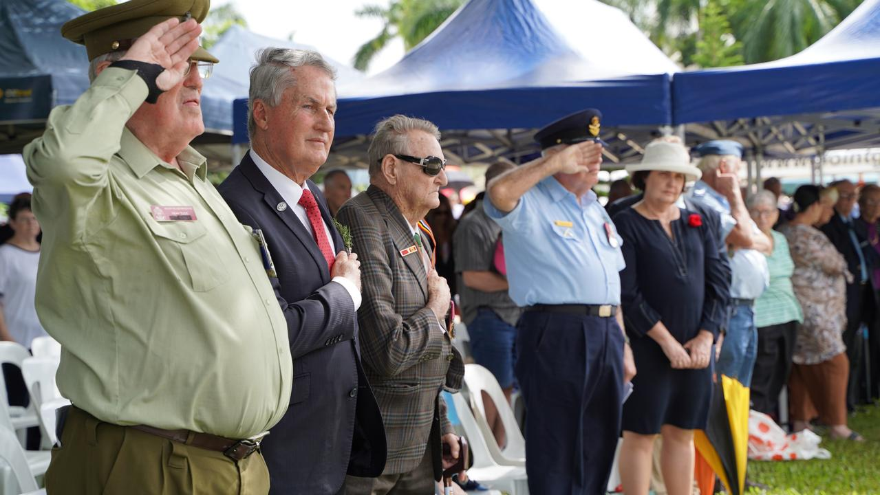 New Zealand born veteran Reay Tuck, Mackay Regional Council Mayor Greg Williamson, Vietnam War veteran and Victoria Cross recipient Keith Payne, Australian Air Force Cadets Squadron Leader Geoff Strange and Mackay MP Julieanne Gilbert at the Mackay Main Anzac Day Service, 2021. Picture: Heidi Petith