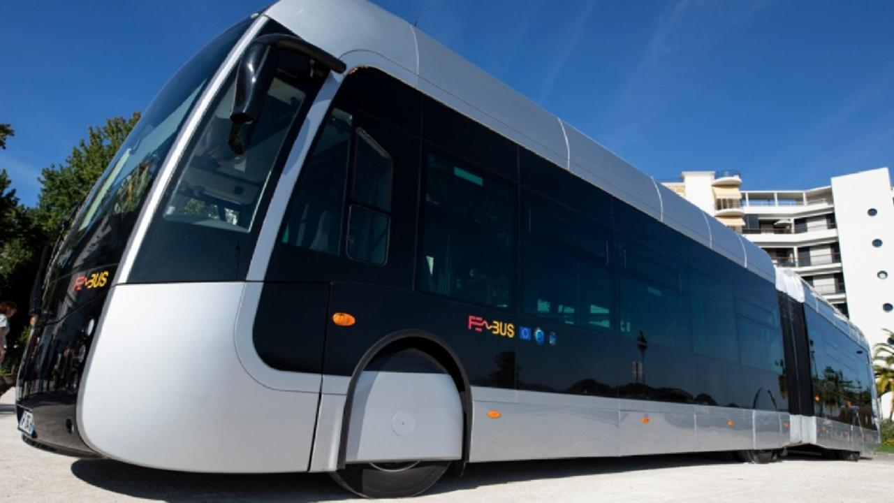 An electric-powered bus which STAR hopes to see replace light rail